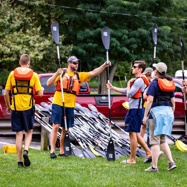 19_Faculty-Orientation-Kayaking.jpg