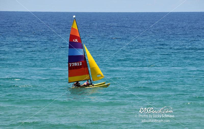 2011-08_Beach-Boats_041.jpg