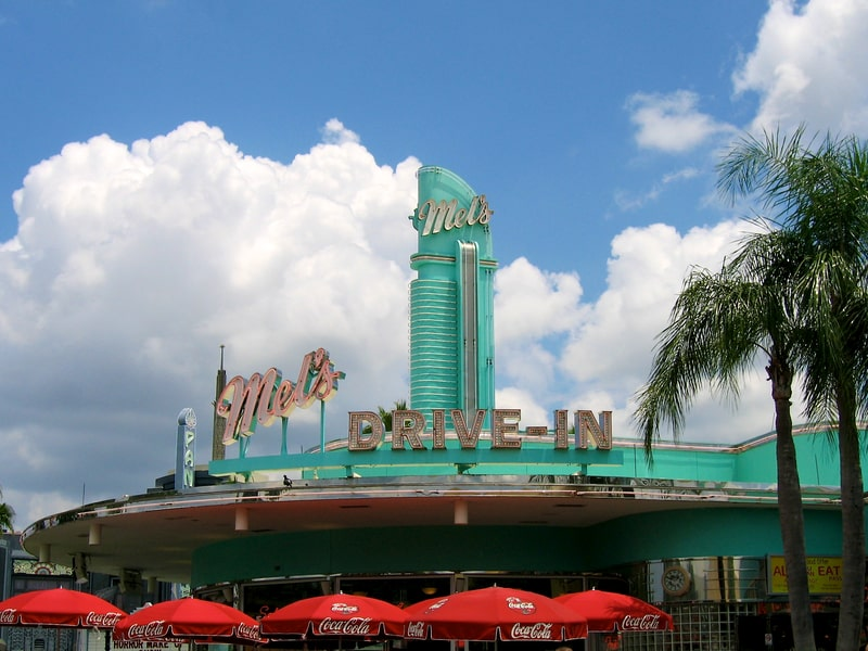 mel's drive in - must eat on a los angeles weekend itinerary