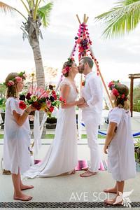 Amazing Bridal Beauty by Las Glorias