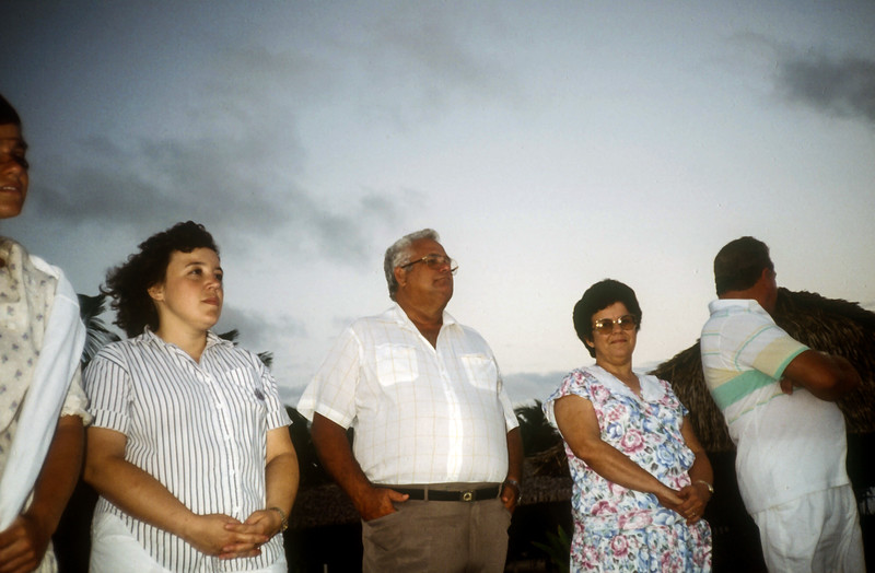 1989 Roatan Honduras Mission Trip-0018.jpg