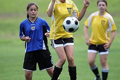 U14 girls Clifton Park Dragons vs Essex United II