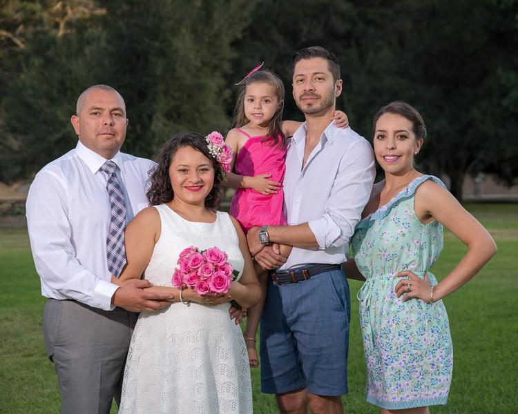 Omar Family_20180804-96.jpg