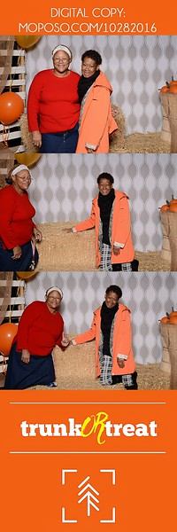 20161028_Tacoma_Photobooth_Moposobooth_LifeCenter_TrunkorTreat1-29.jpg