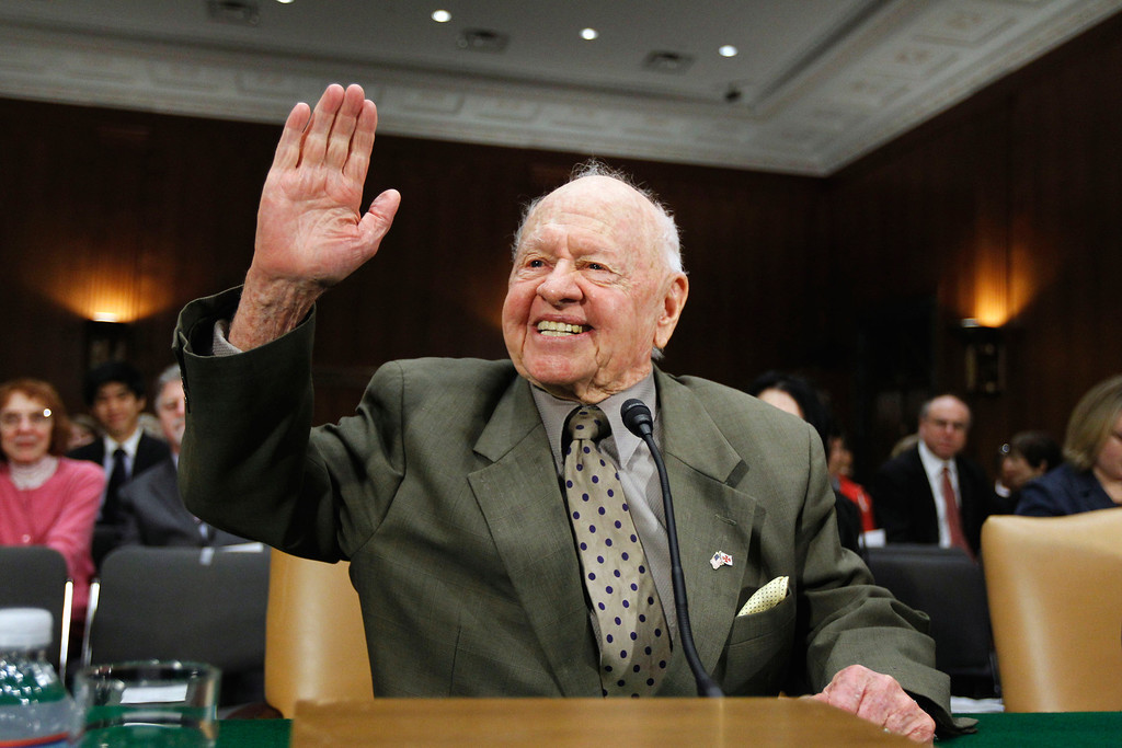 . In this Wednesday, March 2, 2011, file photo, entertainer Mickey Rooney waves on Capitol Hill in Washington, prior to testifying about elder abuse, before the Senate Aging Committee.  (AP Photo/Alex Brandon, File)