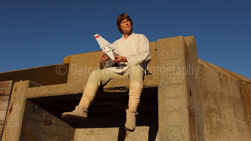 Star Wars A New Hope Photoshoot- Tosche Station on Tatooine (469).JPG