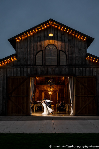 Creekside-farm-wedding-preview-adam-smith-22.jpg