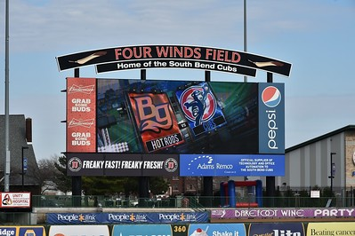 South Bend Cubs vs Bowling Green Hot Rods  4-13-16