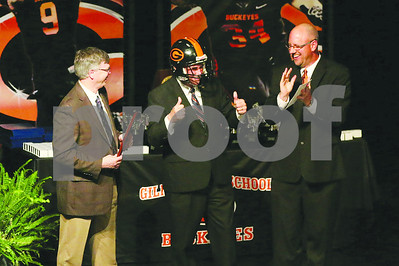 gilmer-receives-state-title-rings
