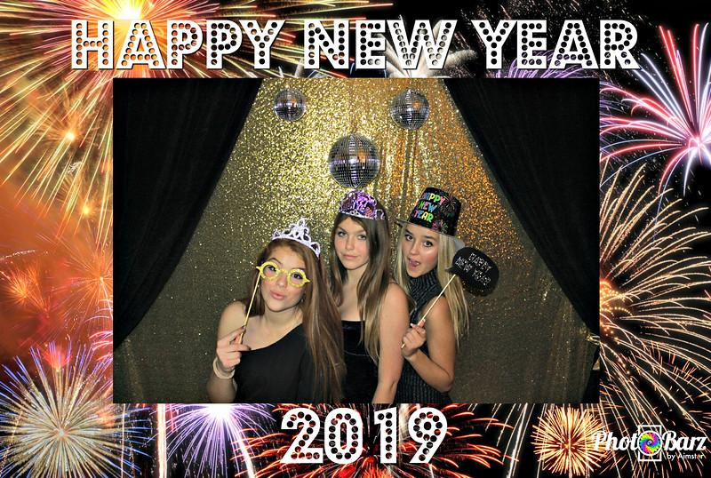 New Years 2019 Photobooth Pics (21).jpg