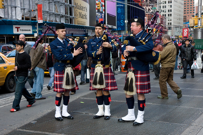 pipers.sfw.jpg
