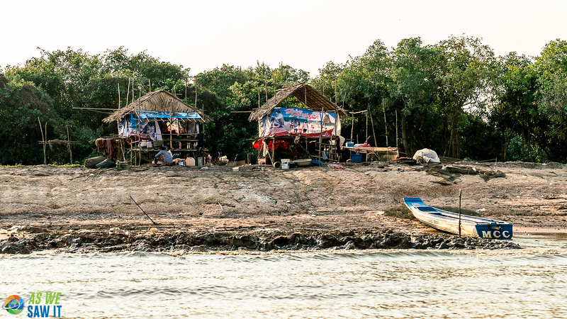 Floating-Village-03275.jpg