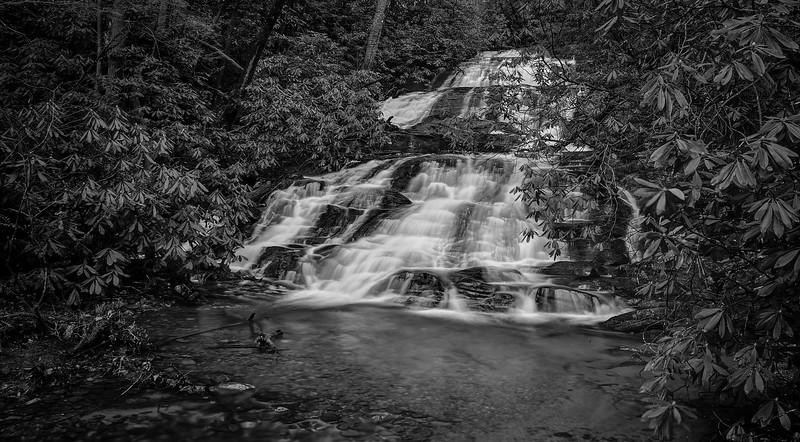 Falls on Davis Creek at Dukes Creek Falls