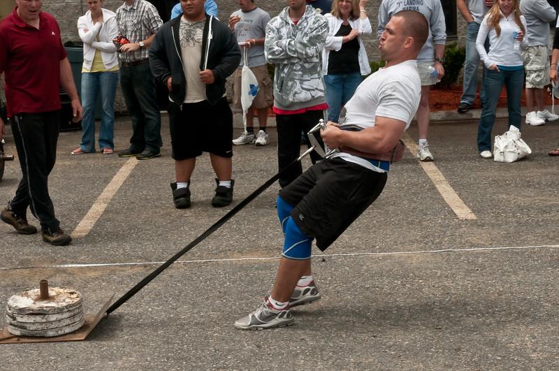 Fitness Revolution Strongman Challenge 2011_ERF4233.jpg