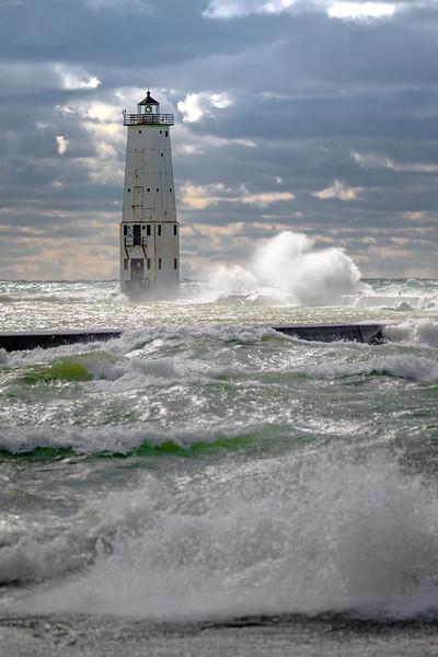 Frankfort Waves