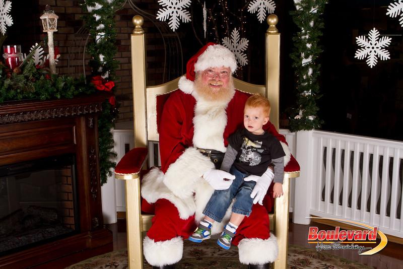 Santa Dec 15-52.jpg