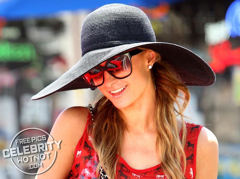 Paris Hilton Buys $20 Boogie Board in $250,000 Ferrari!