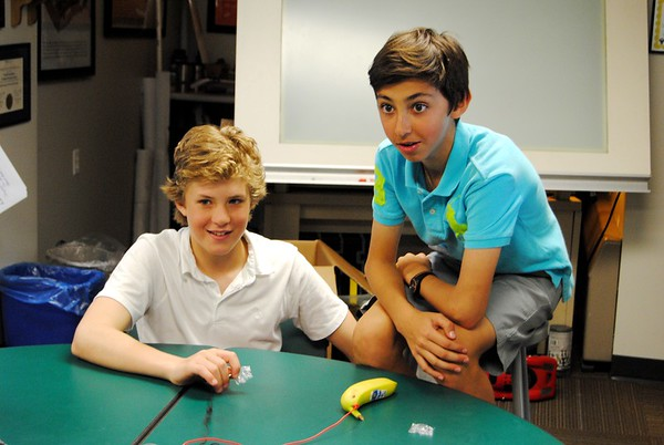 """Seventh-Graders Play """"Scratch"""" with Bananas!"""