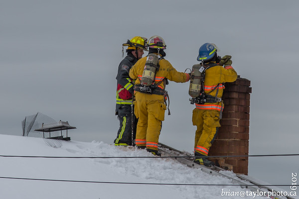 Hantsport, Wolfville, and Windsor Fire respond to a structure fire in Avonport. April 9, 2019