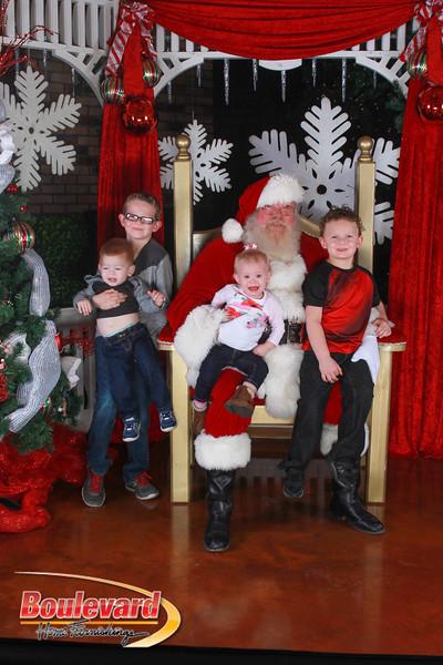 Santa 12-17-16-362.jpg