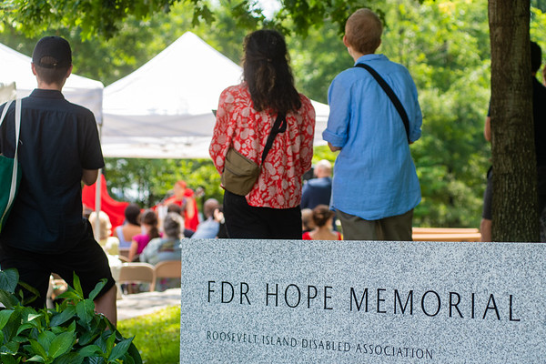 2021-07-17-Unveiling of the FDR Hope Memorial Suculpture