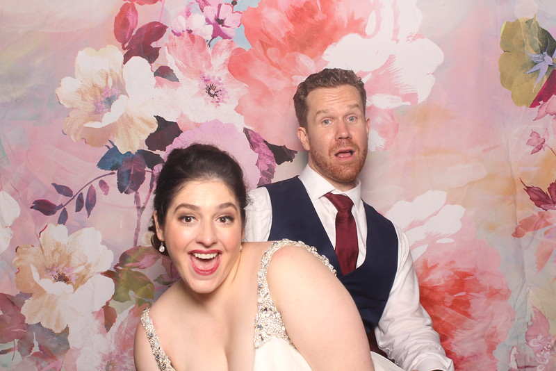 MangoStudios_Photobooth_Catherine and Sean206.jpg