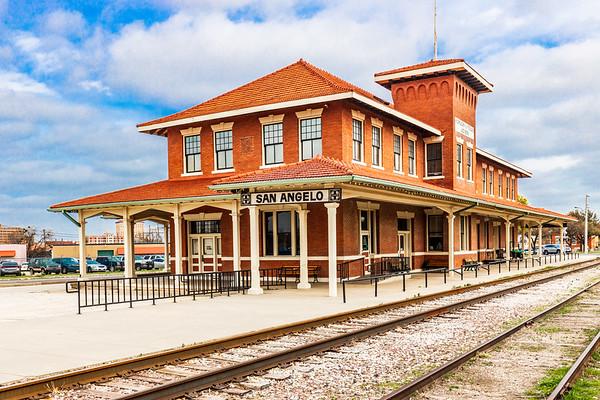 AT&SF (Santa Fe Station)