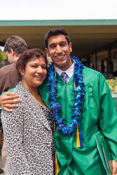 Vishal_Graduation_034.jpg