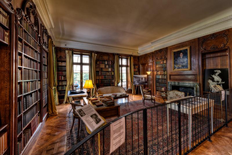 Edith Wharton's Library.jpg
