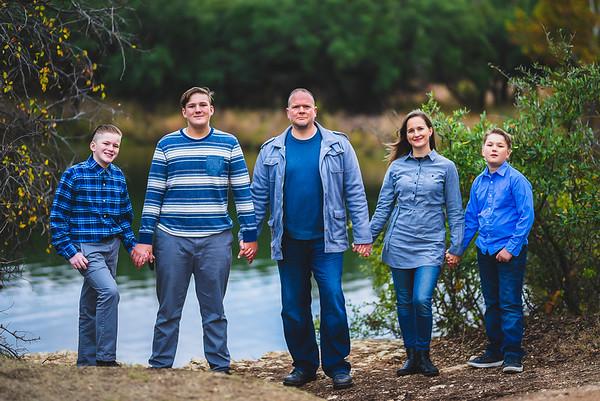 2020-11-29 Reavis Family