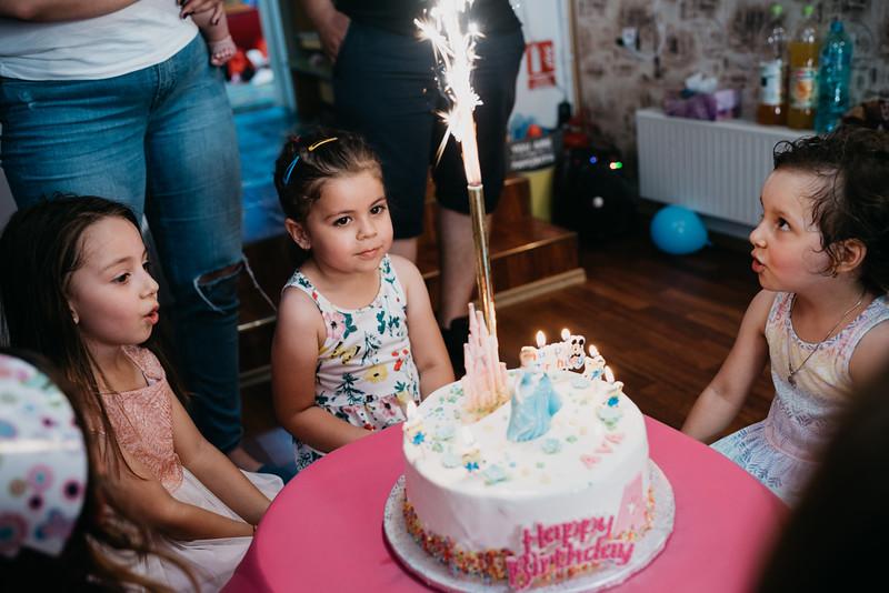 Ziua lui Ava 4 ani (6 of 18).JPG