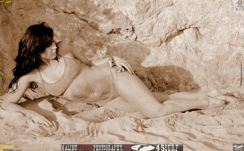 45surf malibu beautiful swimsuit model bikini matador beach 1083.900.90.5...jpg