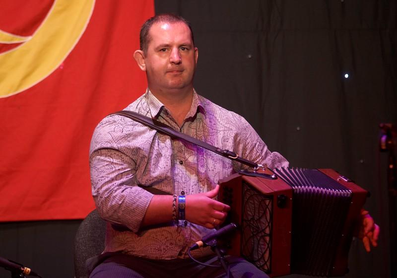 Damian McKee - Beoga