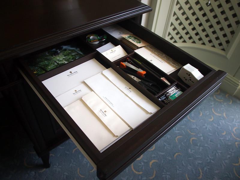 P8318265-stationary-drawer.JPG