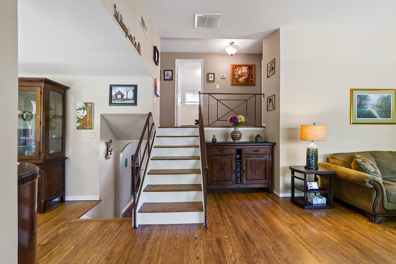 29 Manor Ln N Yardley, PA