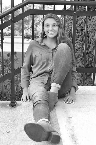 Lindsay 26b&w.jpg
