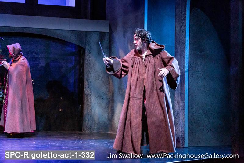SPO-Rigoletto-act-1-332.jpg