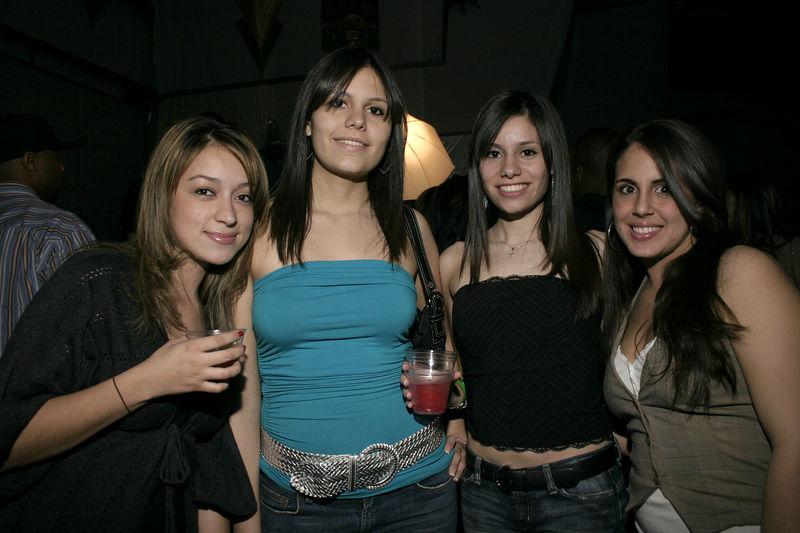 Andrea Vasquez, Valeria Flores, Angela Flores, Jennifer Hord