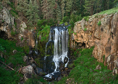 White Mountains and Pacheta Falls