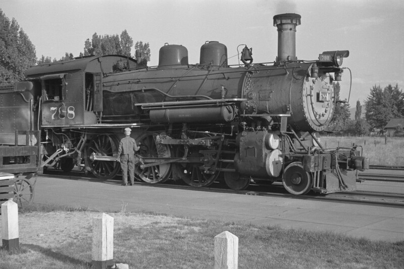 D&RGW_4-6-0_788-with-train_Provo_1947_007_Emil-Albrecht-photo-0254-rescan.jpg