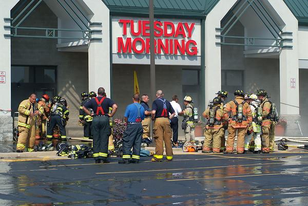 Bartlett - 08/28/07 ** Arson Suspected** Shopping Center Fire on Rt. 59 & Stearns Rd.