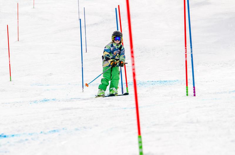 Standard-Races_2-7-15_Snow-Trails-254.jpg
