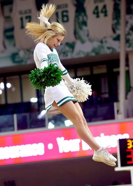 cheerleaders7961.jpg