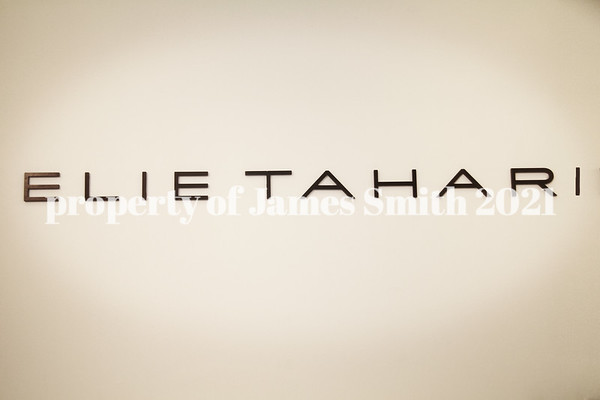 Tahari/ Style for hire