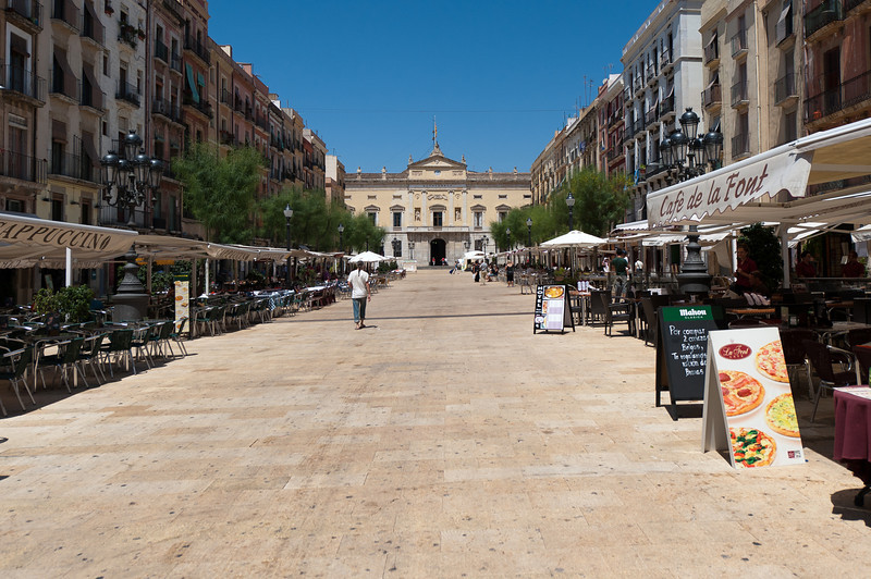A wide street in Tarragona with plenty of bars and cafes - Tarragona, Spain