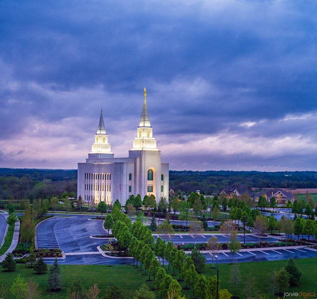 Kansas City Temple - Standing Strong