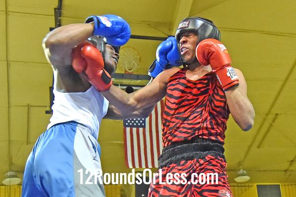 Bout 7 Roney Hines, Red Gloves, Bob Davis BC -vs- James Evans, Blue Gloves, Bullpen Boxing(Toledo), 178 lbs, Novice, 2 Min. Rds