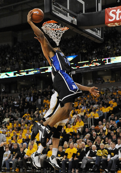 Henderson dunk.jpg