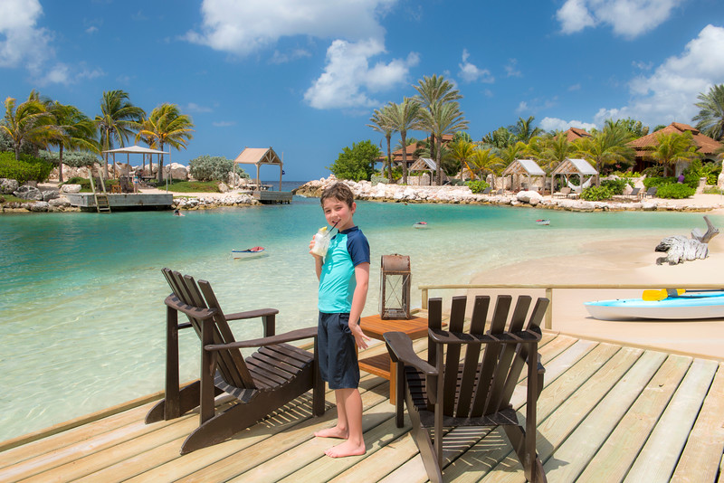 Alex enjoying a fresh smoothie between snorkels at the Baoase