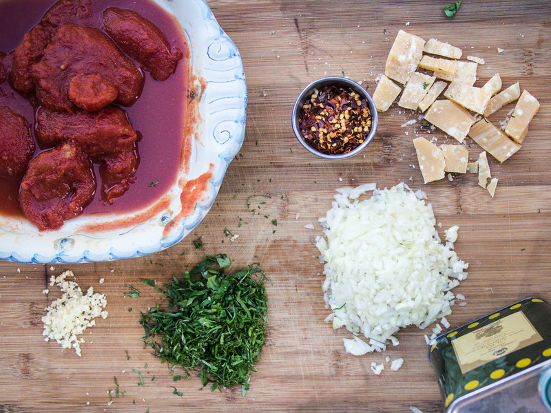 tomato sauce ingredients.jpg